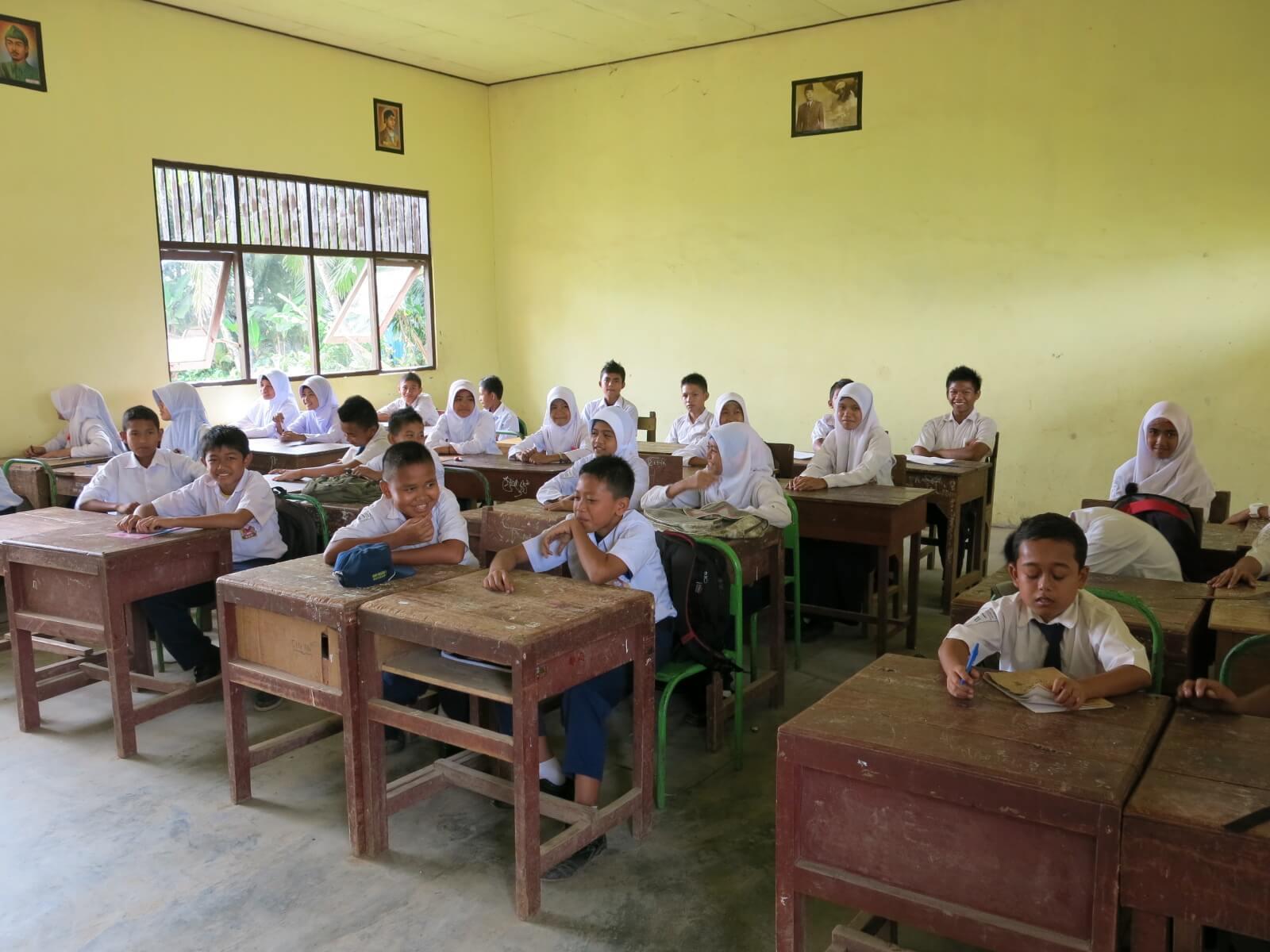 V škole na Borneu