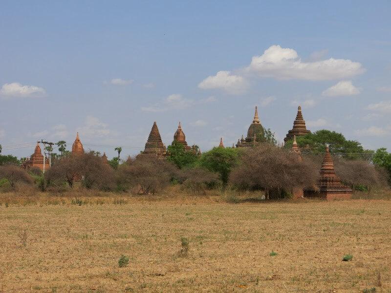 Bagan, Mjanmarsko - pagody kam oko dovidí