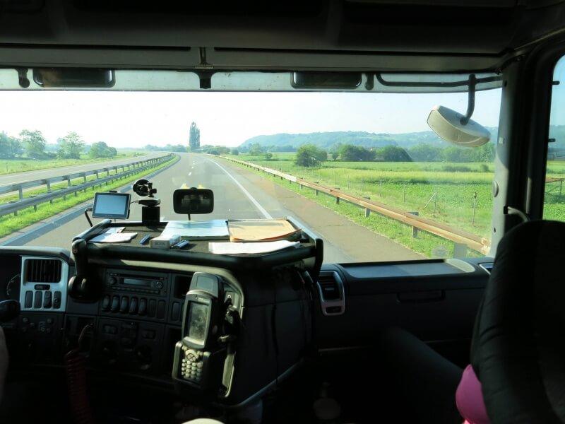 V kamióne cez Srbsko