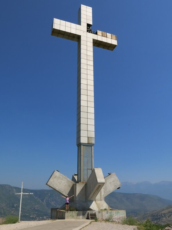 Kríž nad Mostarom